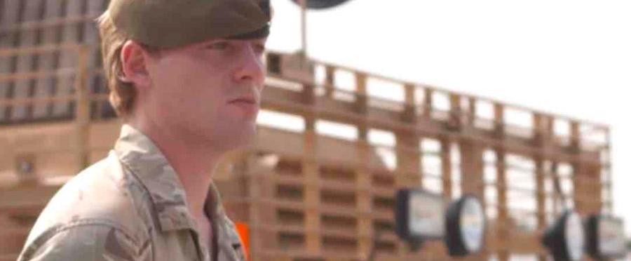 Chloe Allen, el primer soldado transexual del Ejército inglés en el frente de batalla