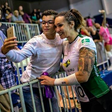 Tifanny Abreu, la estrella trans brasile�a con sue�os ol�mpicos